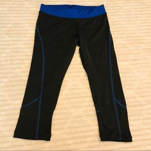 Avila Sports Black Blue Crop Running Tights small